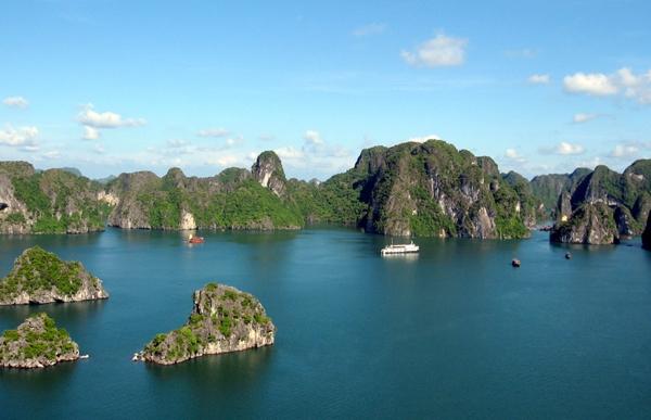 Ha Long Bay Quang Ninh province travel tipsTitov island