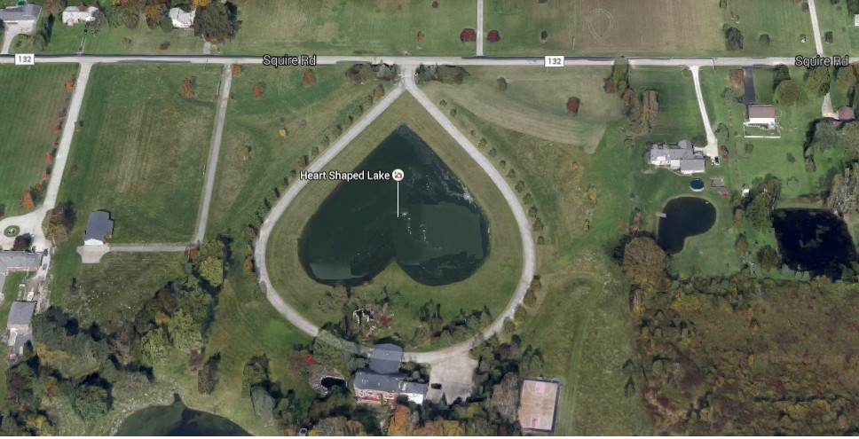 Heart-Shaped Pond, USA - googlemap.com