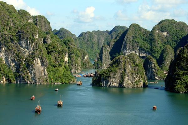 Ha Long Bay things to do tourist destination Titov island