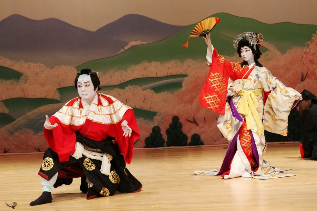 Kabuki performance in Osaka Photo: magickabukidrop