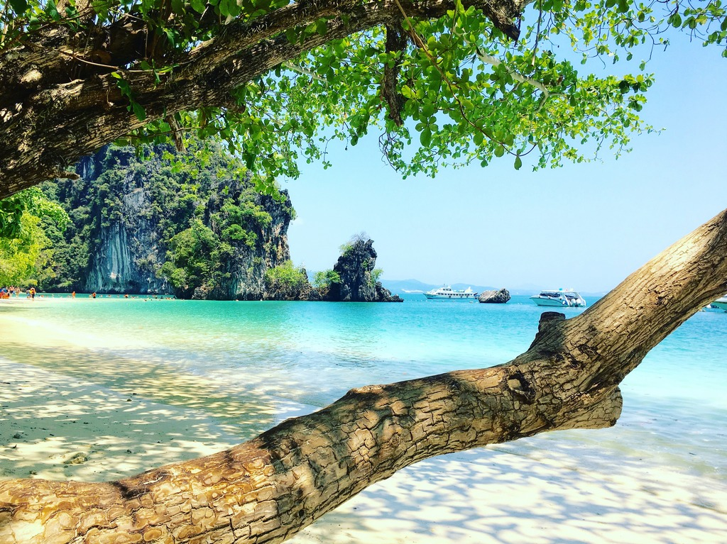 how to get to krabi from phuket airport