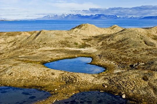 Lake Borebukta, Norway - httpworldtoptop.com