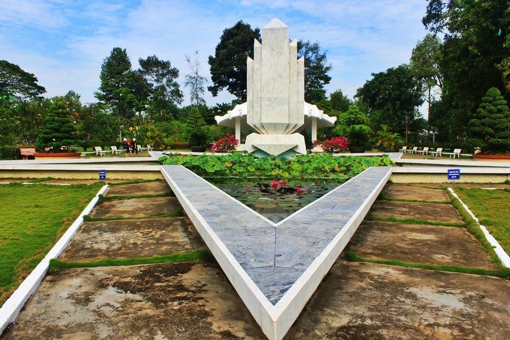 Nguyen Sinh Sac historical site Dong Thap Destination (2)