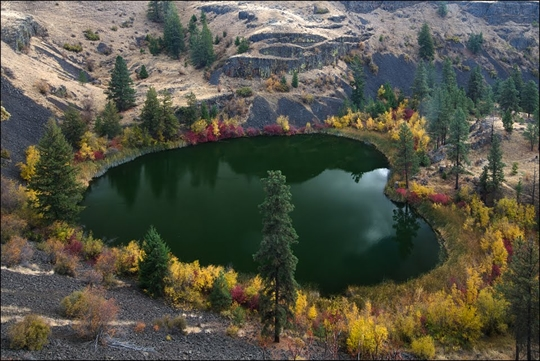Northrup Lake, USA - httpworldtoptop.com