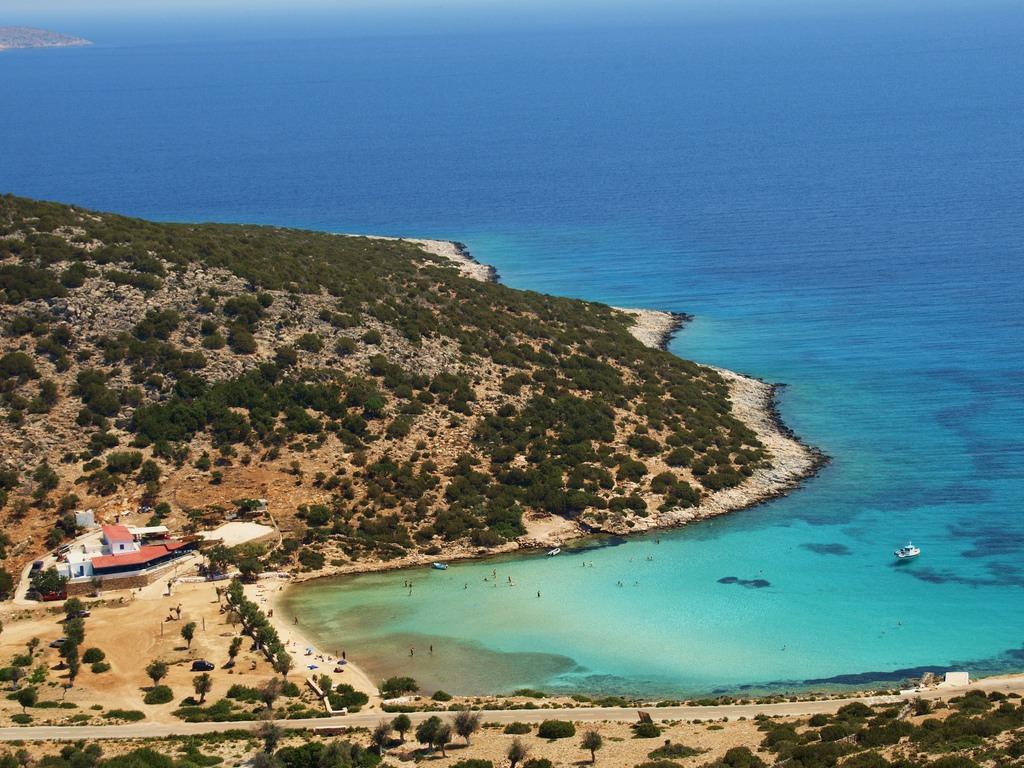 Platis Gialos Beach_Greece Beaches_Source www.flickr.com