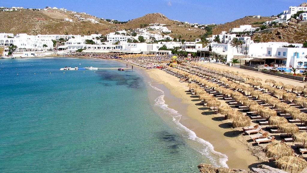 Platis Gialos Beach_Greece Beaches_Source www.timeforwedding.com