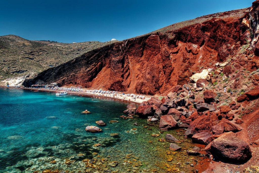 Red Sea Santorini_Greece Beaches_Source canaves.com