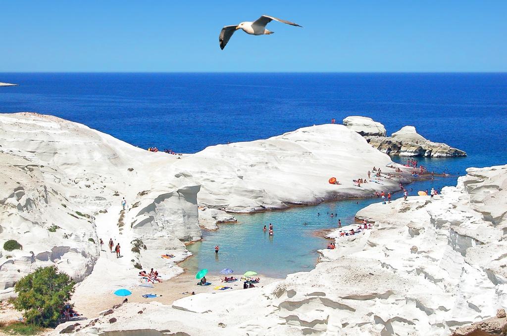 Sarakiniko Beach Milos_Greece Beaches_Source www.sarakinikorooms.com