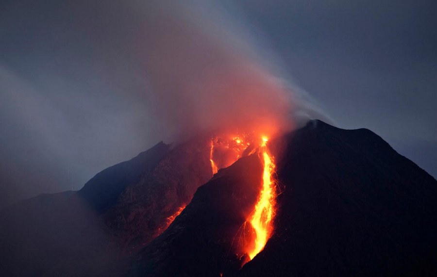 Sinabung Volcano Indonesia dangerous places in the world 4