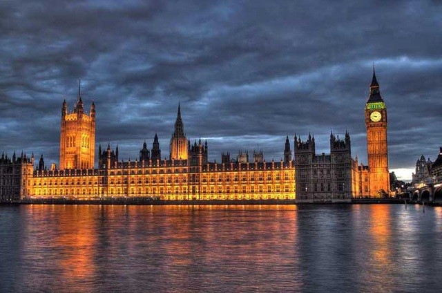 Suicide banned near Parliament's house England