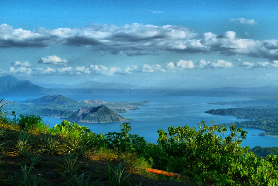 Scene of Tagaytay is incredibly mesmerizing at dawn or sunset