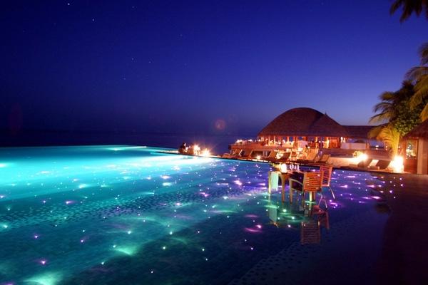 The Huvafen Fushi Resort, Maldives travel guide