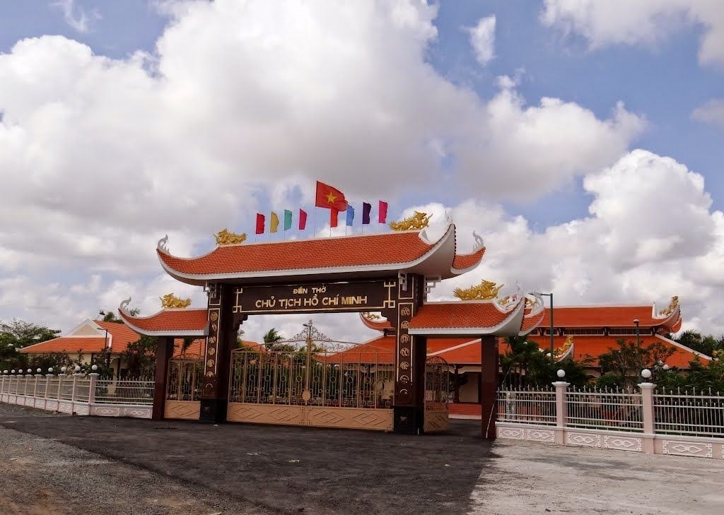 Uncle Ho Temple in Bac Lieu. Photo: baclieu-grarab.blogspot.com