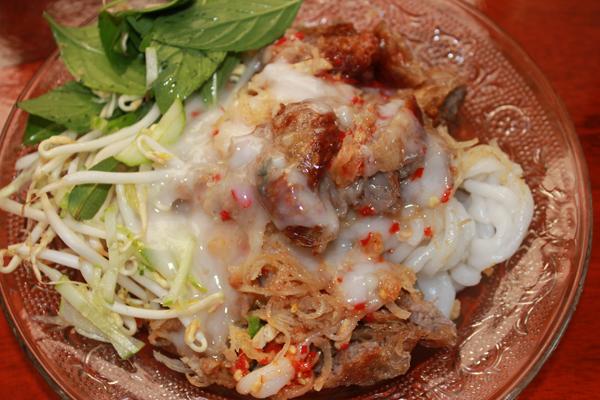 'Bánh tằm bì'. Photo: ngoisao.net