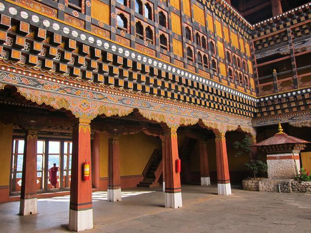 monastery bhutan travel guide