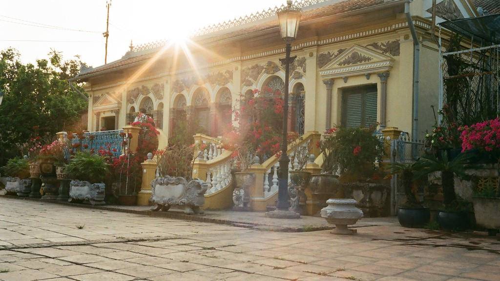 binh thuy ancient house can tho travel guides 24