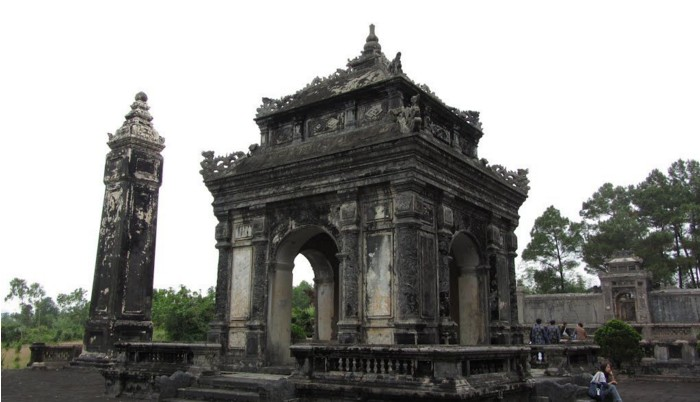 dong khanh tomb imperial hue historic maps address opening hours guide hue tourist attractions things to do ghn