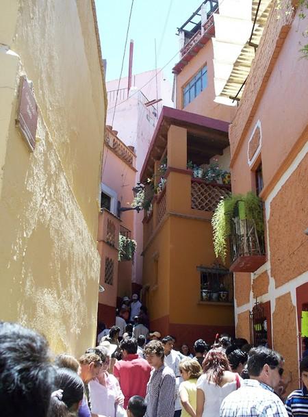 el callejon del beso mexico travel guides
