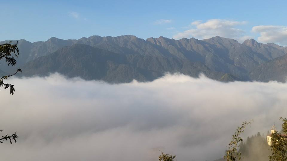 grand-view-sapa-hotel sea of clouds