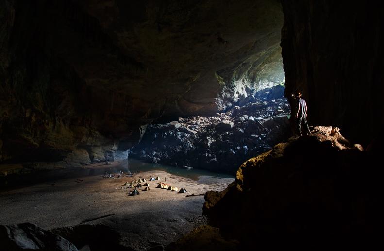 hang-en cave cave phong nha ke bang national park