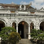 Visiting 3 attractive Mekong Delta ancient houses