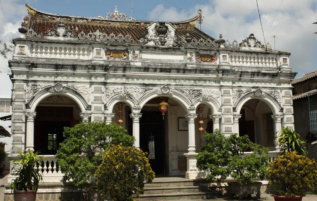 huynh Thuy Le ancient house. Photo: langmanmientay.com