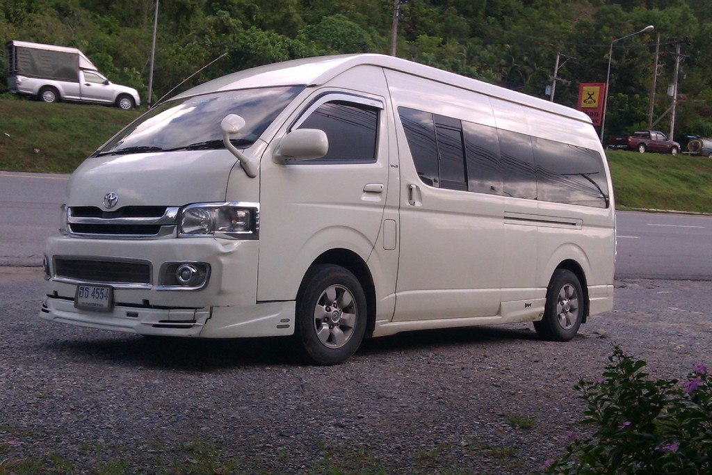 minivan thailand ayutthaya transportation how to go