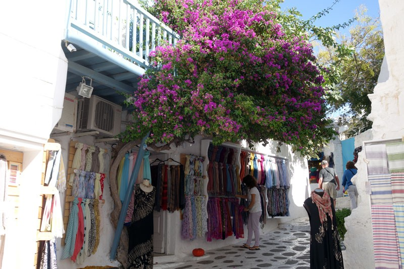 mykonos-city things to do