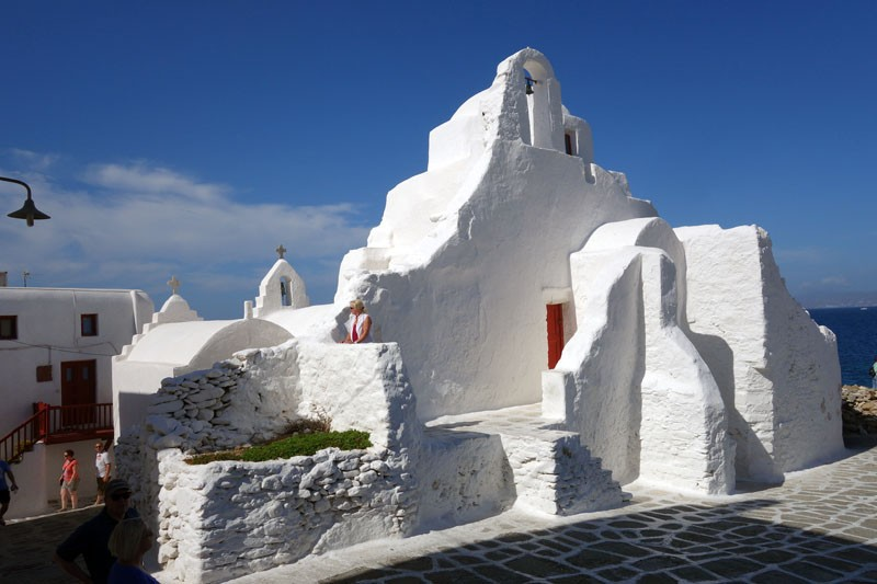 mykonos-paraportiani church greece travel guides