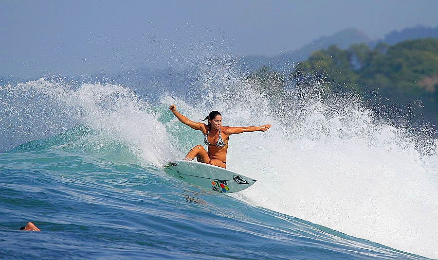 panama has become a surfing hot-spot 22