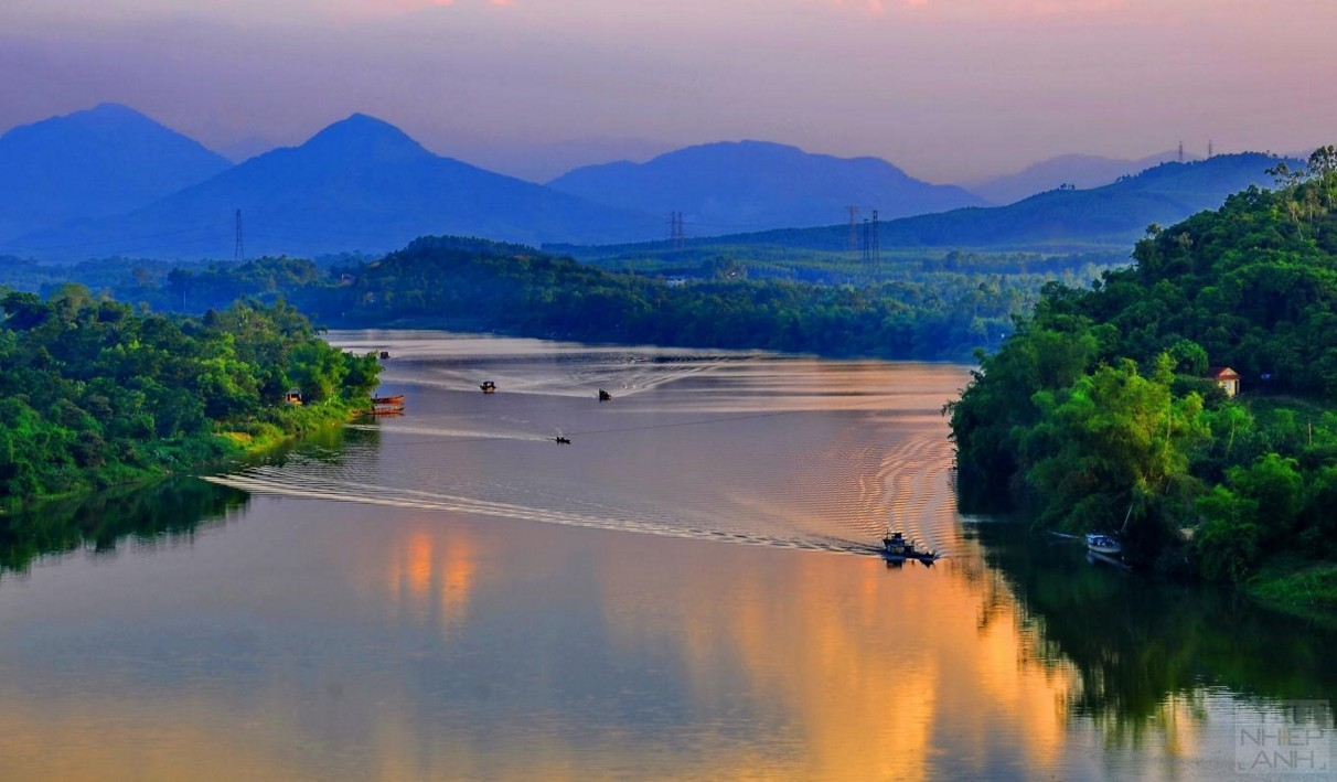 perfume river-hue-vietnam maps address opening hours guide hue tourist attractions things to do r2bt