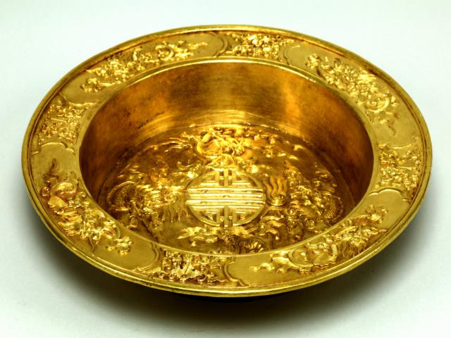 PRECIOUS ROYAL BELONGINGS of nguyen dynasty in Hue vietnam