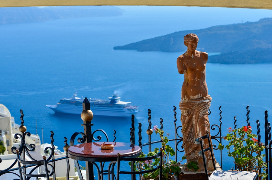 Photo by: best honeymoon destinations in Europe blog.