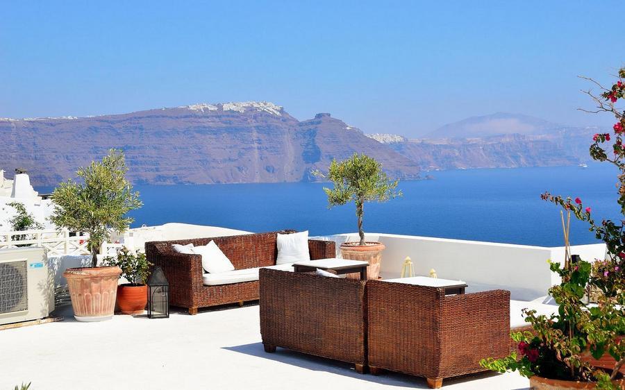 santorini_island_view