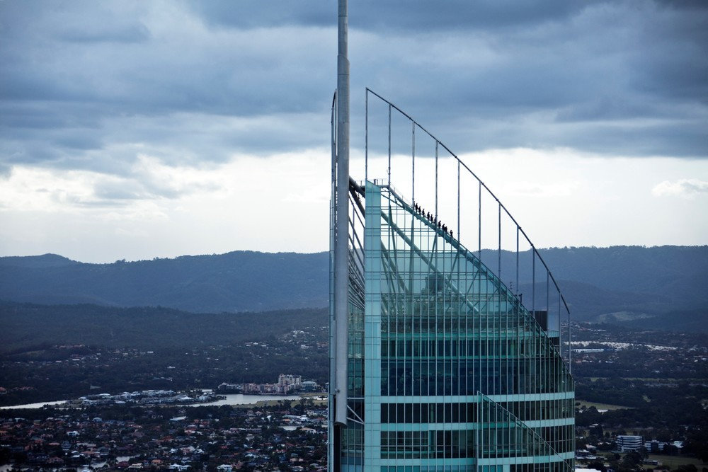 If you love to the strong feeling, don't miss Skypoint Climb in Australia.