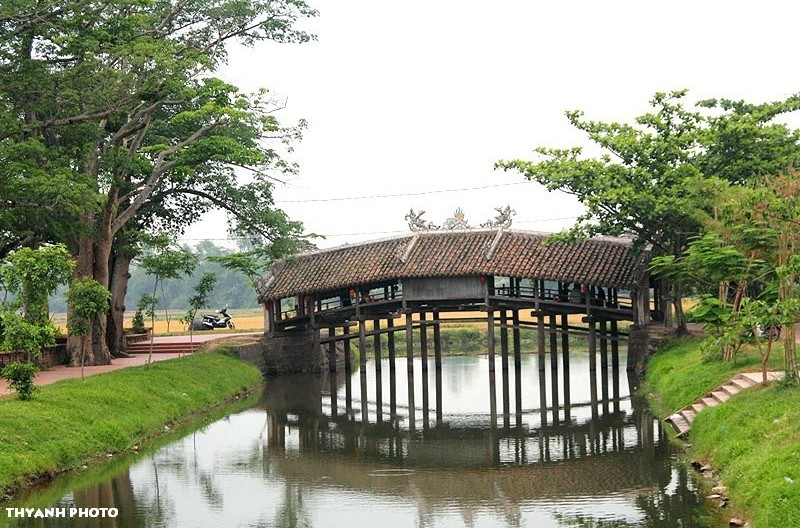 thanh toan japanese covered bridge maps address opening hours guide hue tourist attractions b134