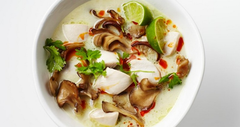 Tom Kha Gai (Thai Coconut Soup)