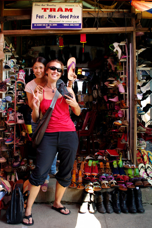 sandals leather hoi an vietnam