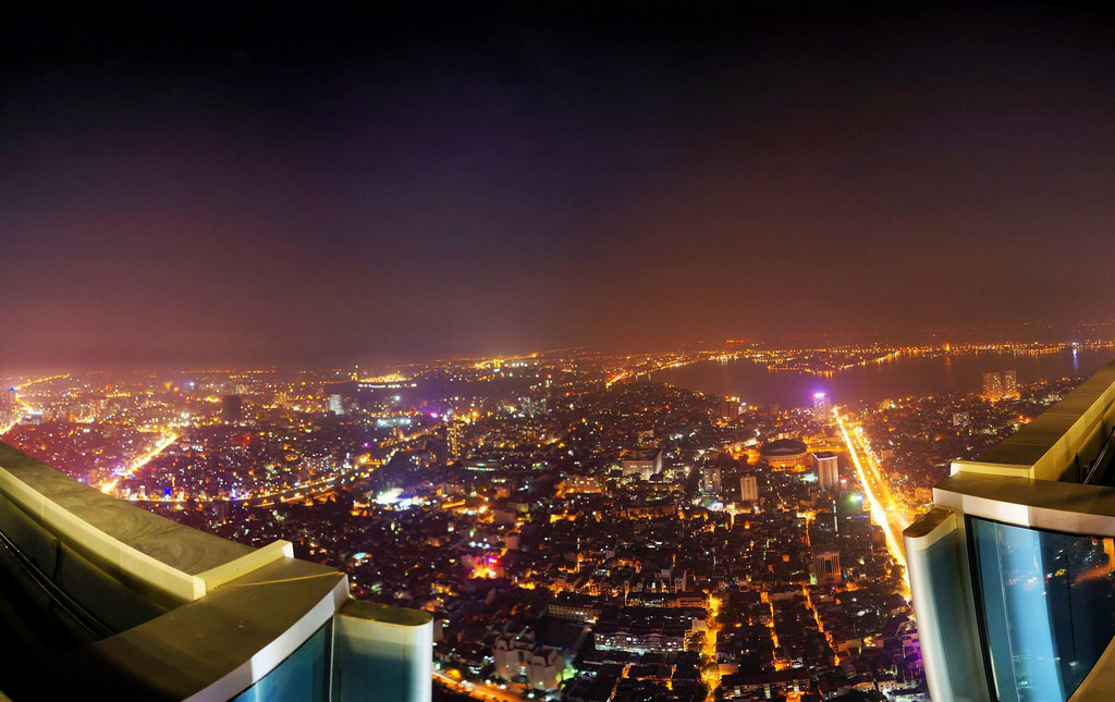 top of hanoi bar