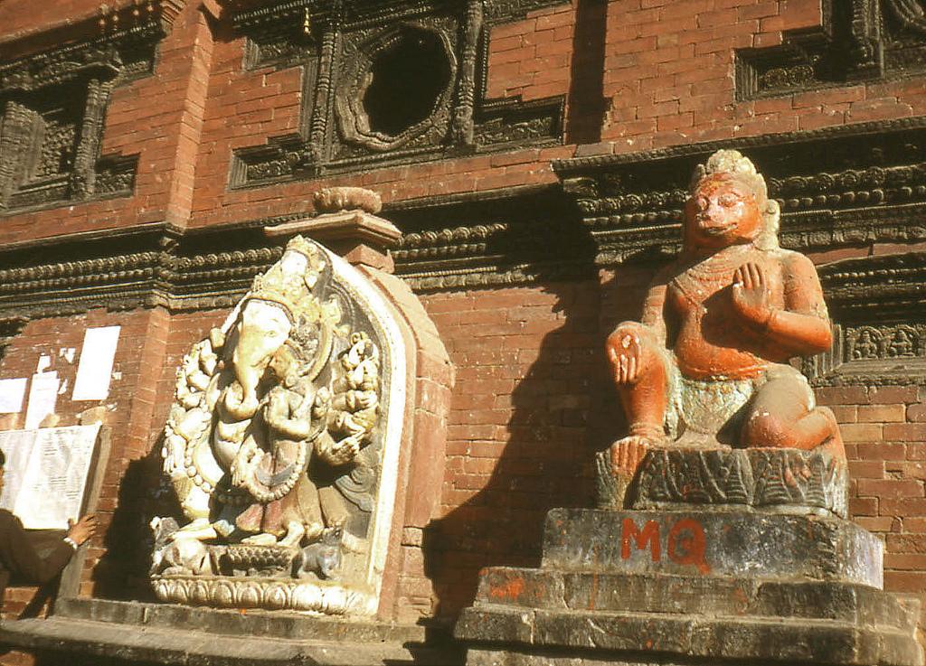 nepal travel animals god Image by: nepal travel stories blog.