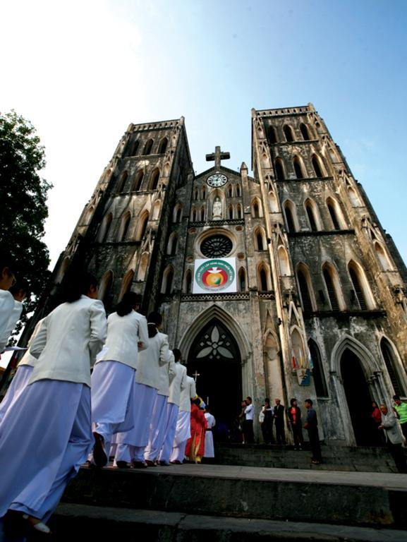 Saint Joseph Cathedral hanoi 2