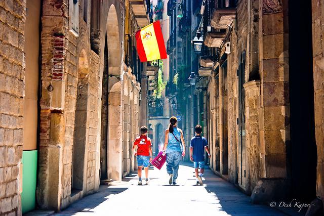 barcelona travel guides (1)