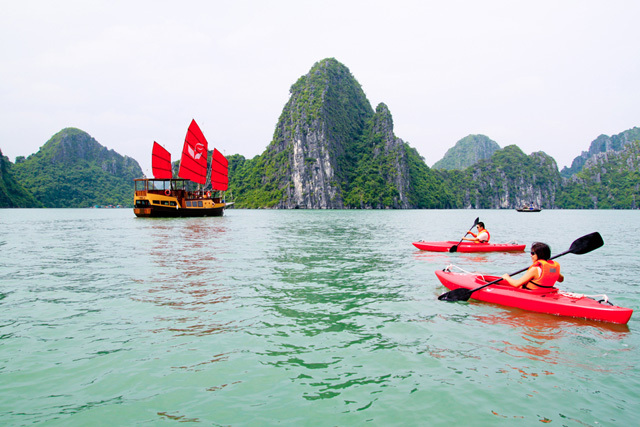 halong bay travel tips vietnam (2)