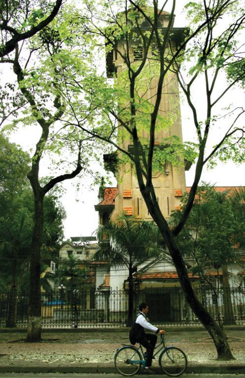 hanoi ancient citadel 2