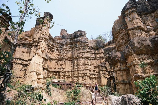pha chor chiang mai must-see places thailand 1