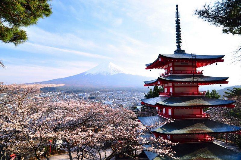Chureito Pagoda And Mount Fuji amazing-places-japan