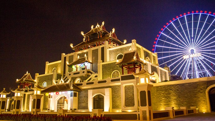 asia-park-sunwhell danang destinations at ngight