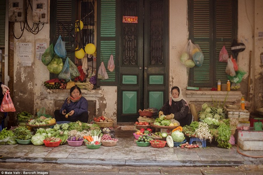 hanoi old quarter photos mate valtr photography vietnam 23