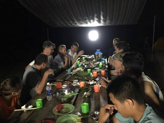 meals in son doong cave