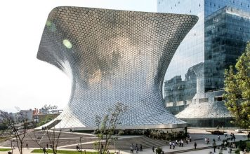mexico-architecture-Museo-Soumaya-cr-alamy